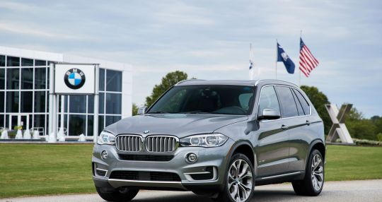BMW Group to invest additional $800 million in Spartanburg facility