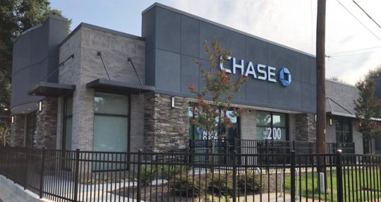 Chase opens its first retail bank in state