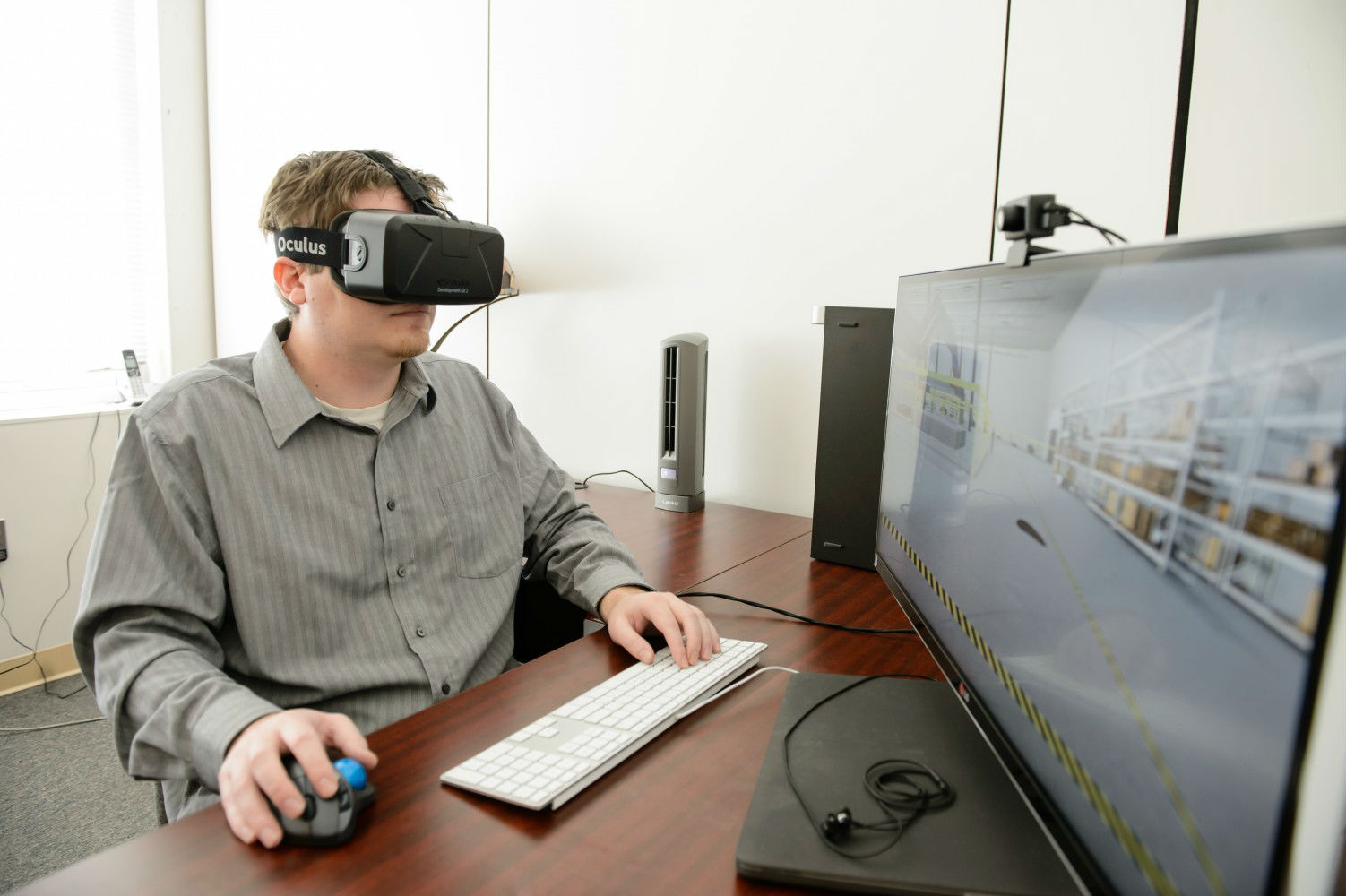 Virtual reality is incorporated into some of the EducationWorkforce courses. (Photo/Provided)