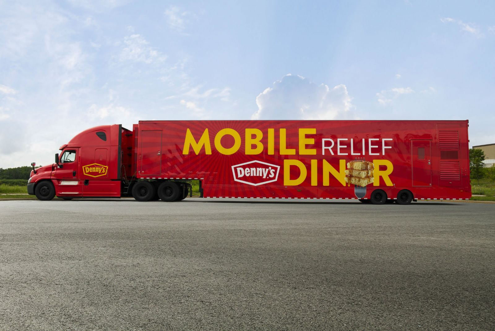 Denny's Mobile Relief Diner is responding to Hurricane Florence. (Photo/Provided)