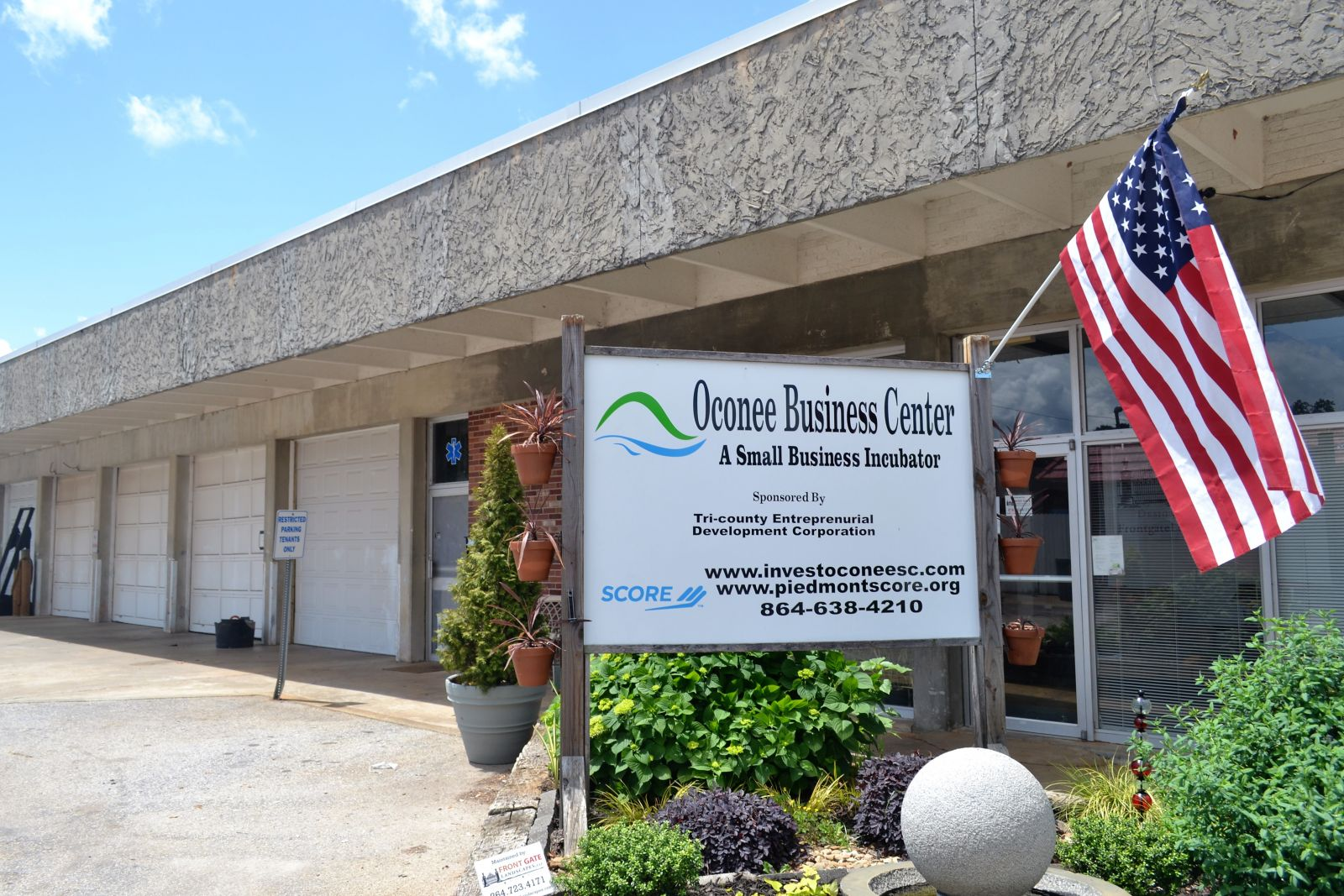 The Oconee Business Center is funded by the county and operated by the Tri-County Entrepreneurial Development Corp. and the Piedmont chapter of Score, a mentoring arm of the U.S. Small Business Administration. (Photo/Teresa Cutlip)