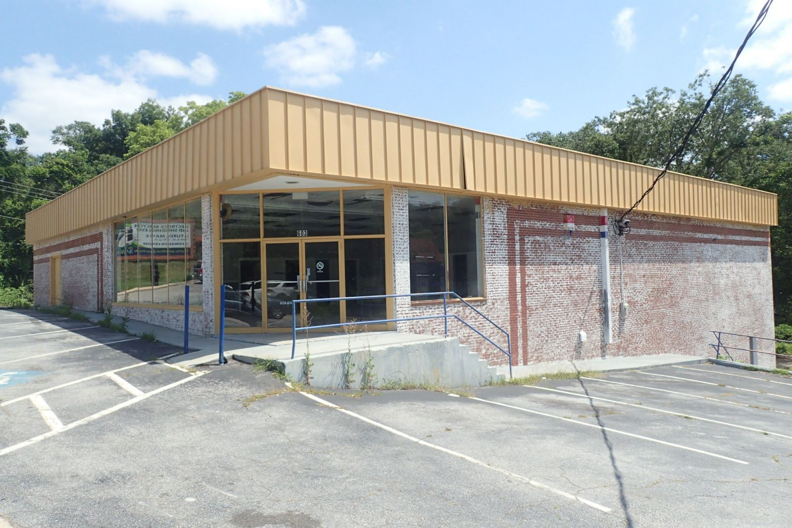 Retailer Half-Moon Outfitters has purchased this building at 603 E. Stone Ave. in Greenville. (Photo/Provided)